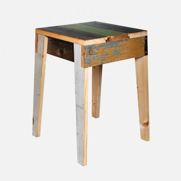 Hocker Scrapwood /stool fixated